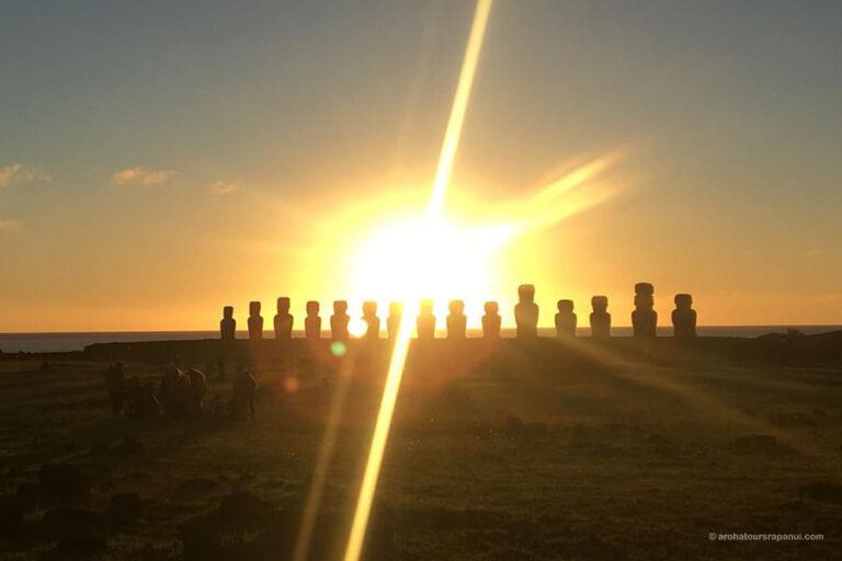 Lever de soleil sur Tongariki - Ile de Paques